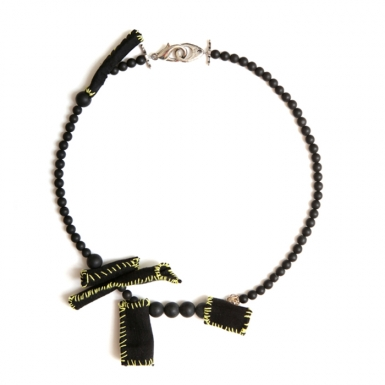 la-b_microtubules_necklace_light_1