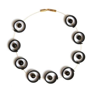 la-b_nucleus_necklace_2