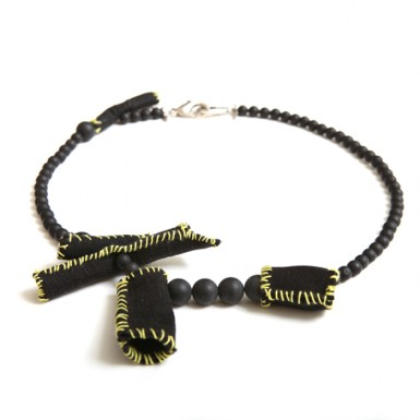 Microtubule necklace (light)